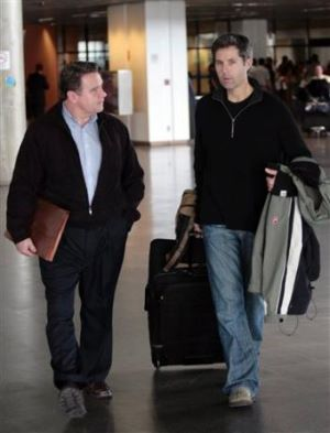 Smith and Goldman arriving in Brazil February 2009